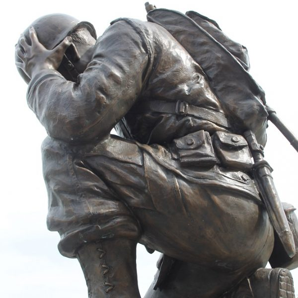 Life Size Kneeling Soldier Memorial